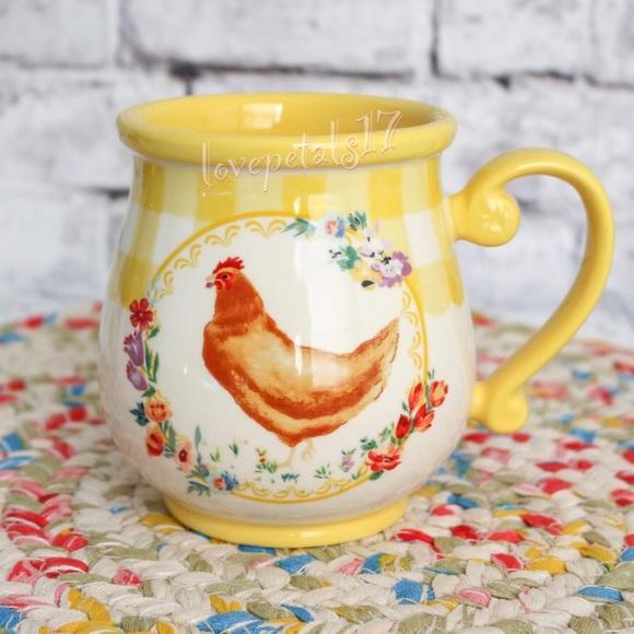 🌼 PIONEER WOMAN YELLOW GINGHAM, CHICKEN DECAL Mug